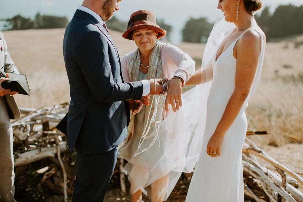 couple-intimate-coastal-wedding-elk-california-120.jpg