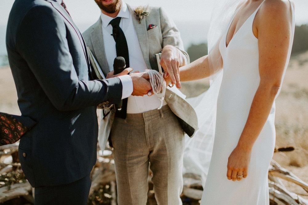 couple-intimate-coastal-wedding-elk-california-121.jpg