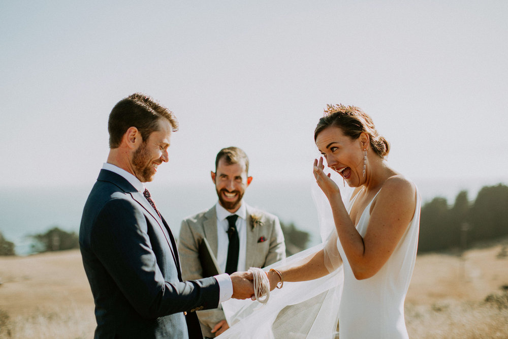couple-intimate-coastal-wedding-elk-california-123.jpg