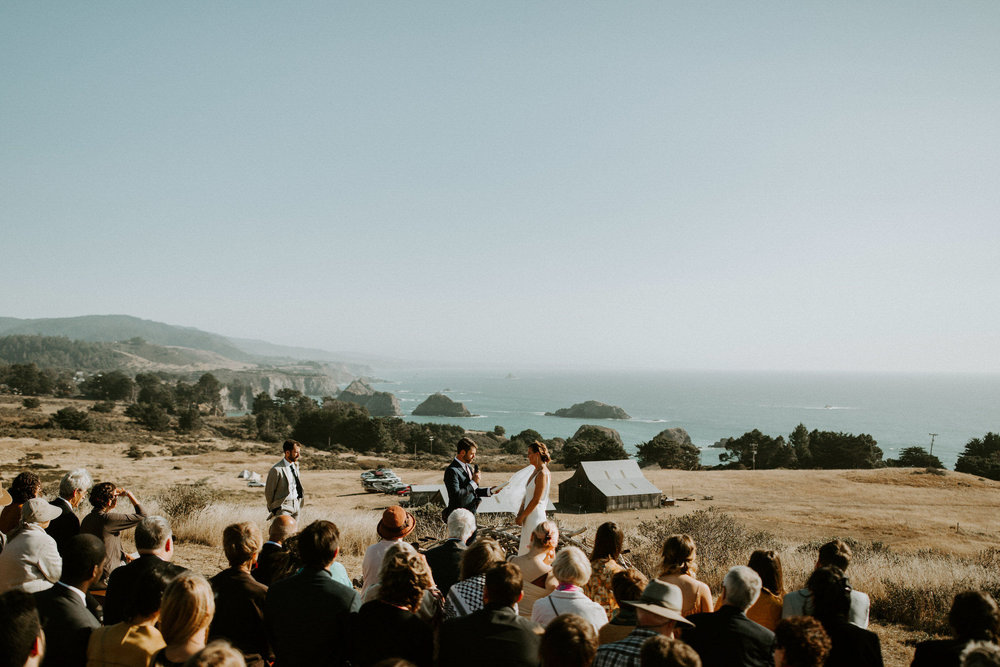 couple-intimate-coastal-wedding-elk-california-129.jpg