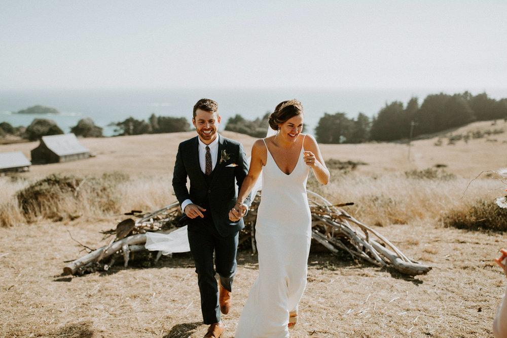 couple-intimate-coastal-wedding-elk-california-132.jpg