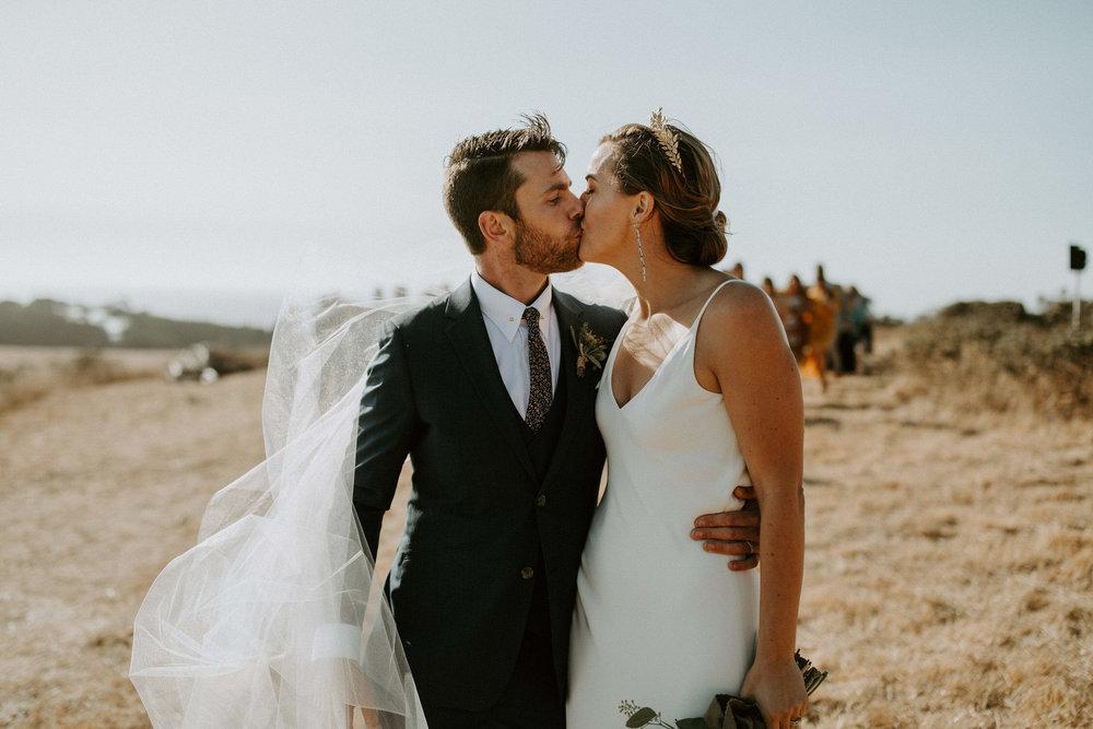 couple-intimate-coastal-wedding-elk-california-135.jpg