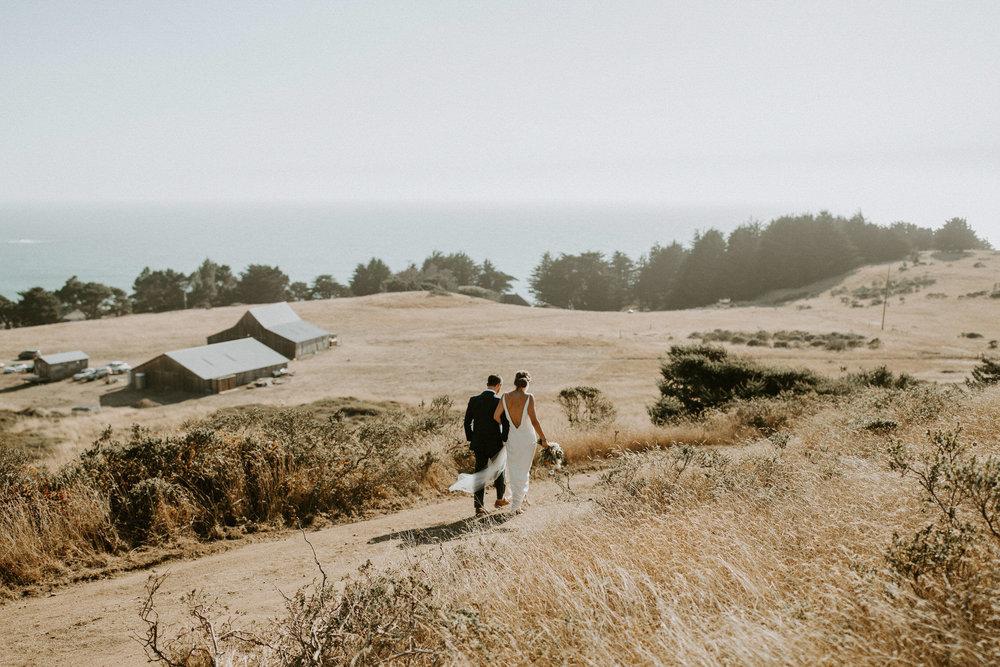 couple-intimate-coastal-wedding-elk-california-139.jpg
