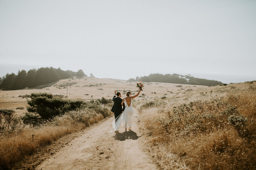 couple-intimate-coastal-wedding-elk-california-140.jpg
