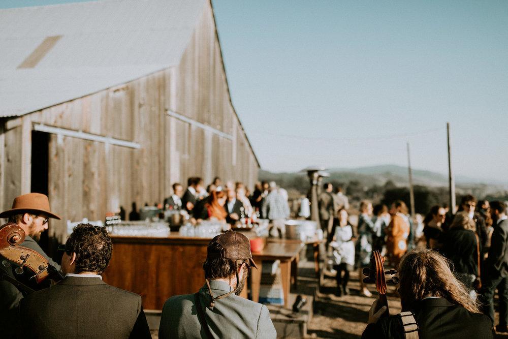 couple-intimate-coastal-wedding-elk-california-175.jpg