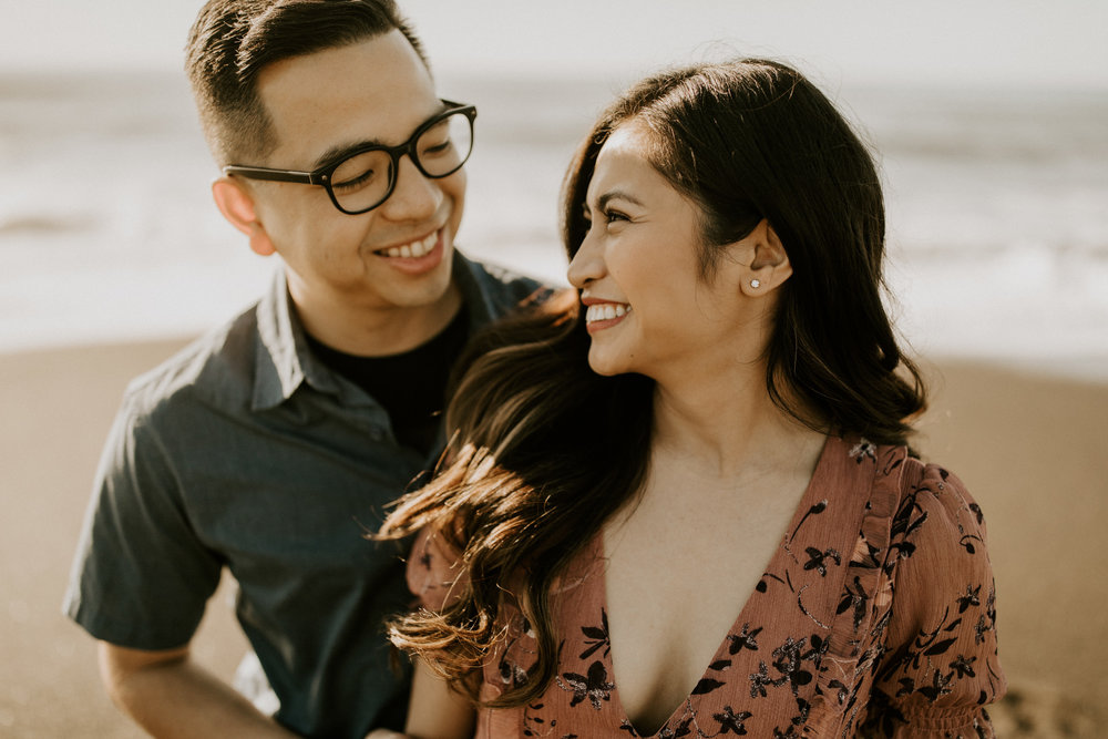 couple-intimate-engagement-session-northern-california-4.jpg