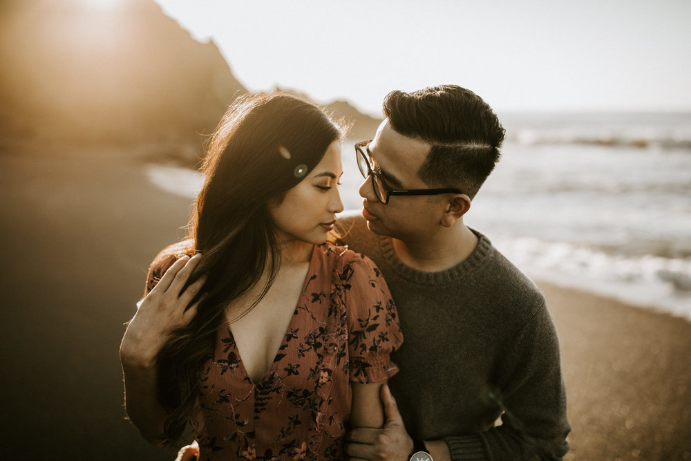 couple-intimate-engagement-session-northern-california-48.jpg