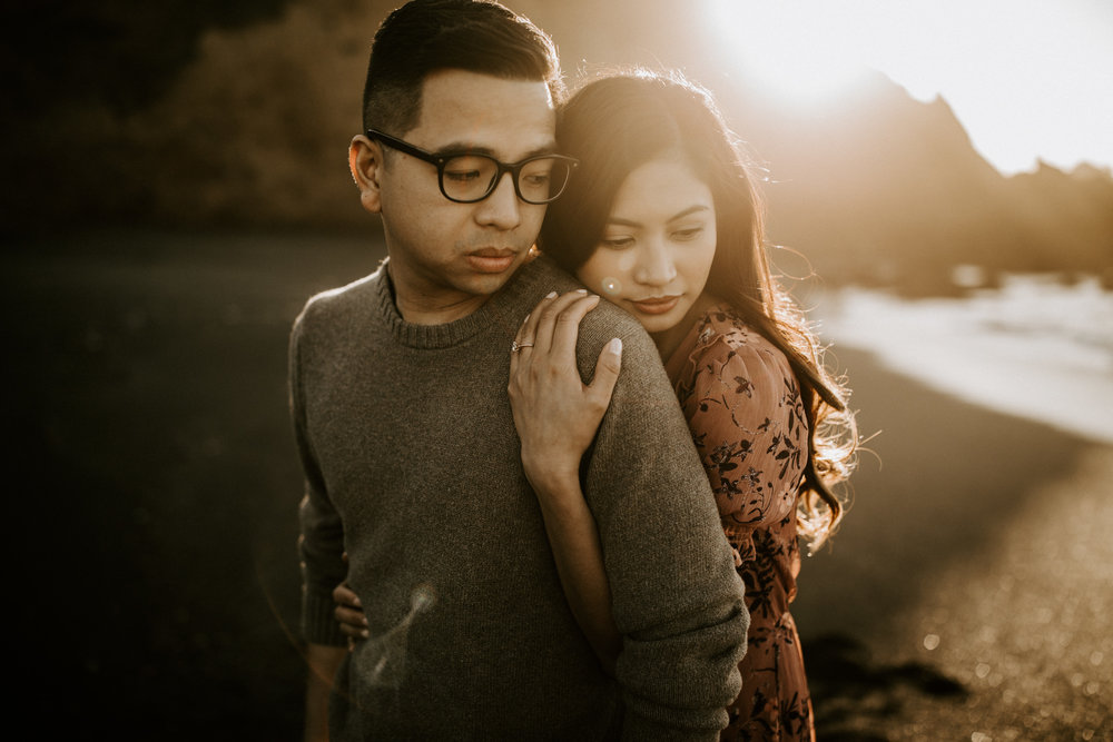 couple-intimate-engagement-session-northern-california-53.jpg