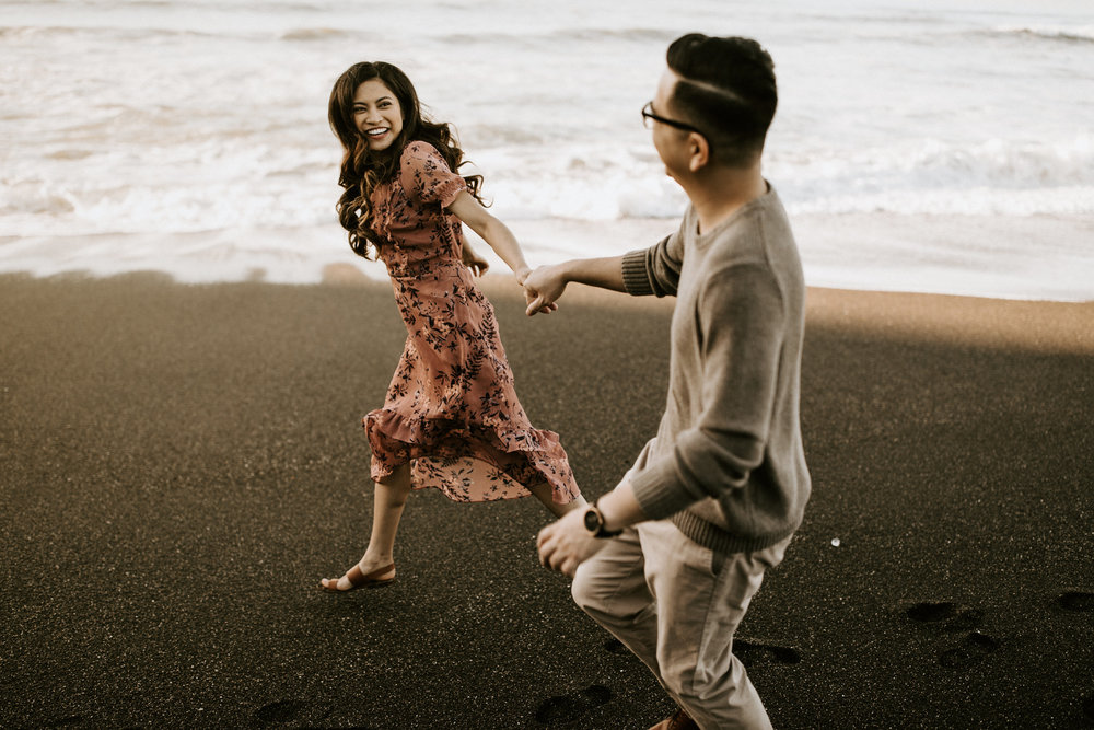 couple-intimate-engagement-session-northern-california-56.jpg