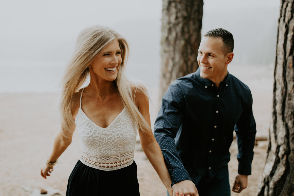 couple-intimate-engagement-session-northern-california-15.jpg
