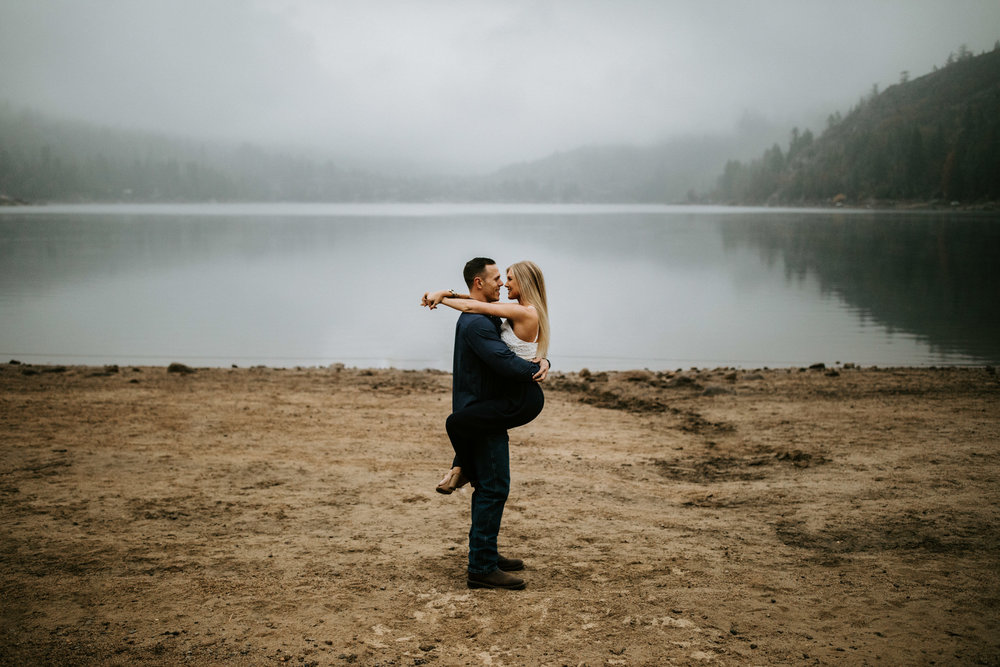 couple-intimate-engagement-session-northern-california-26.jpg