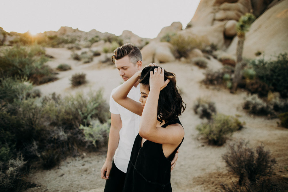 couple-intimate-engagement-session-joshua-tree-20.jpg