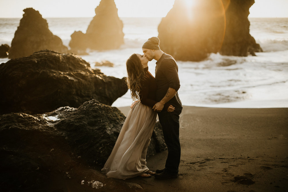 couple-intimate-engagement-session-sausalito-california-41.jpg