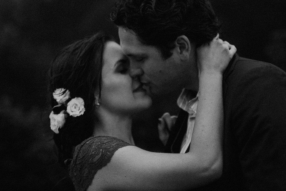 couple-intimate-engagement-session-mt-tam-29.jpg