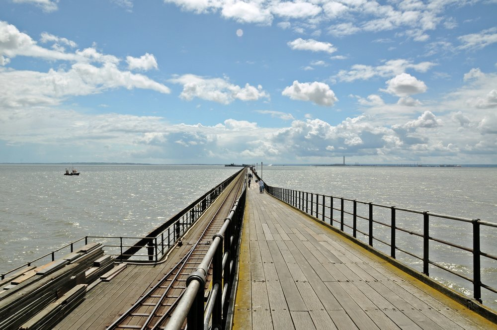 Southend_Pier,_Southend-on-Sea,_England.JPG