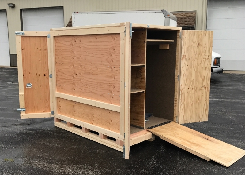 Custom Re-usable &Trade ShowShippingCrates -