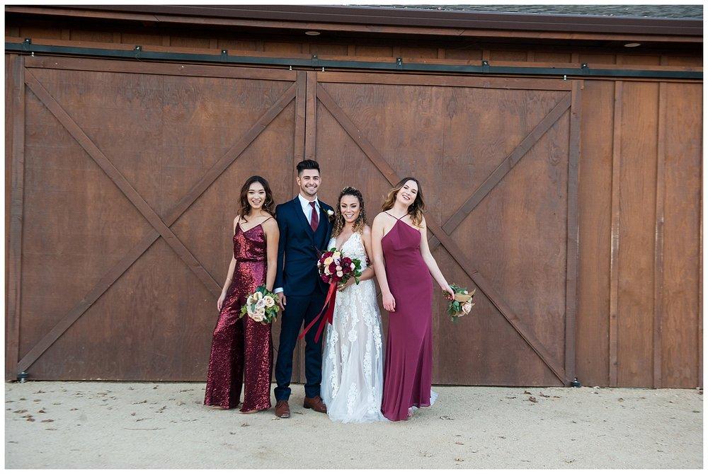 jen vasquez photography bridal party barn door