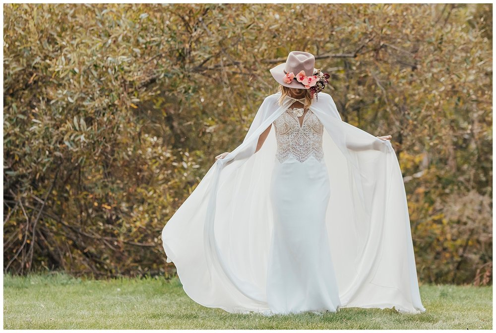 carol oliva photography boho bridal cape