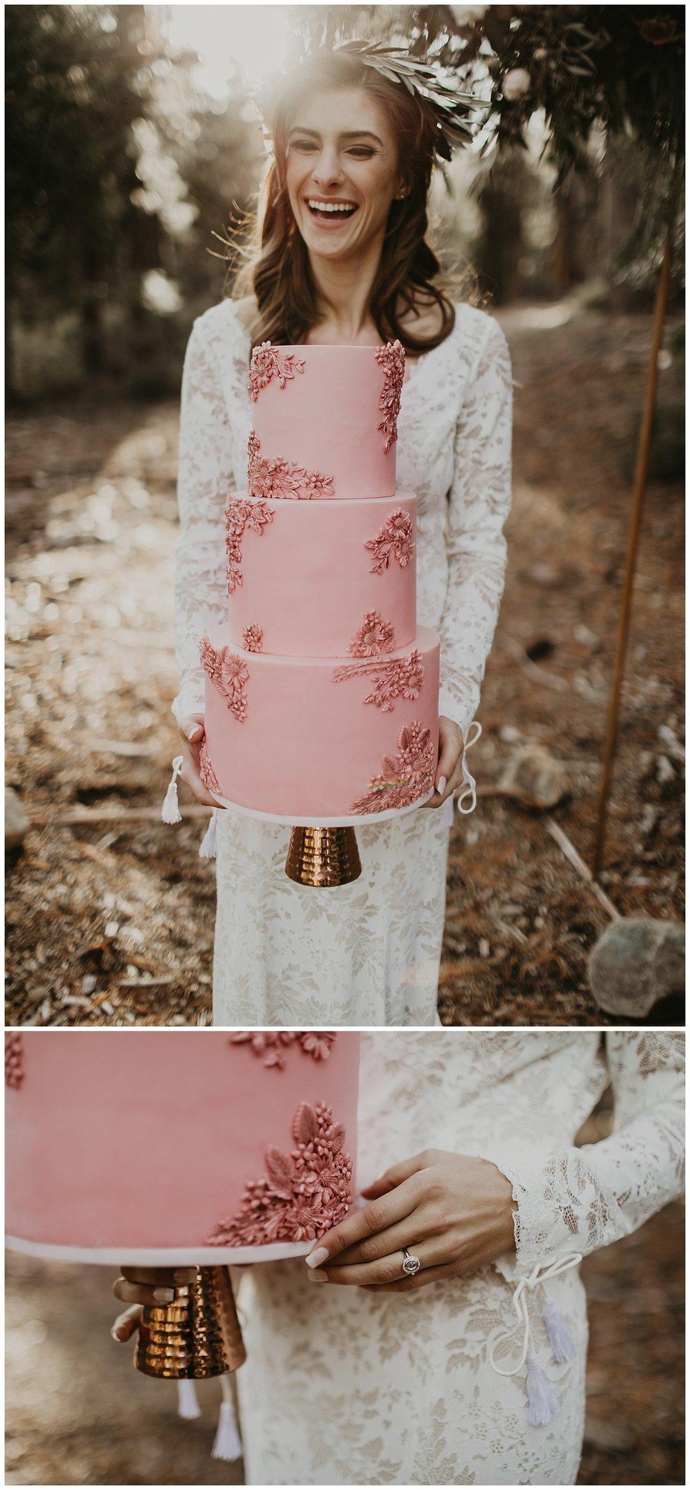 lake-tahoe-winter-wedding-boho-bride-with-rose-cake.jpg