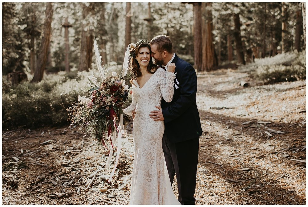 lake-tahoe-winter-wedding-outdoor-snow-pictures.jpg