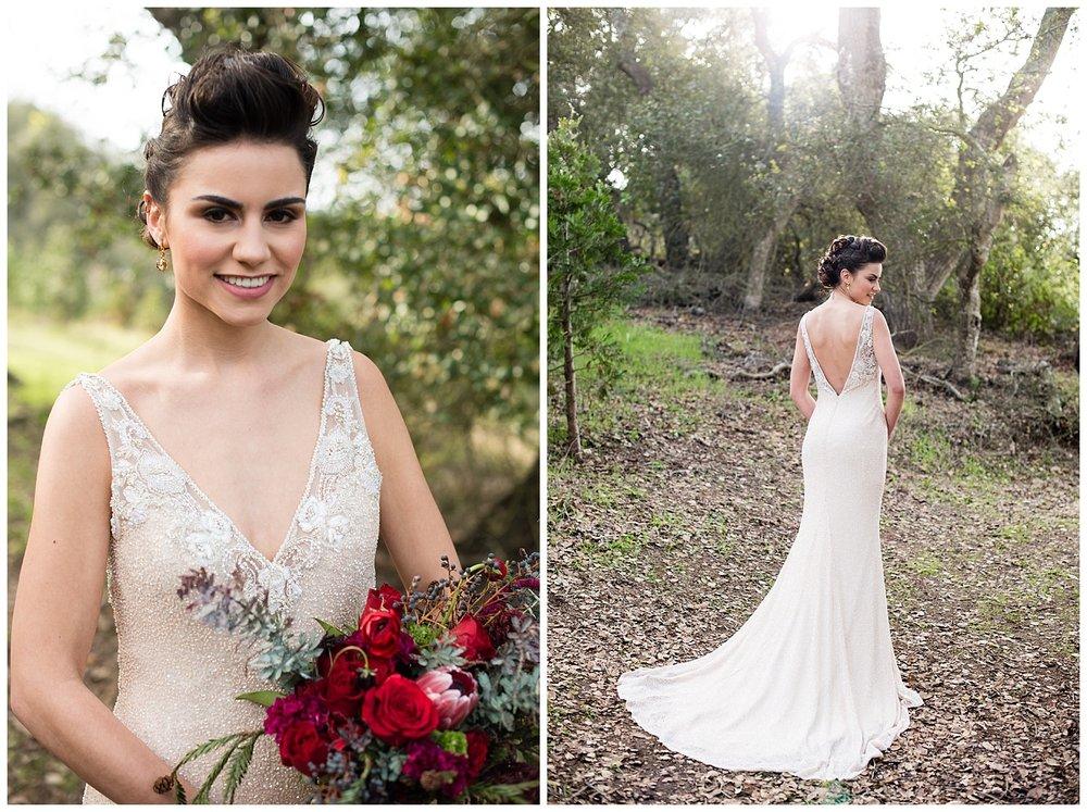 badgley-mischka-winter-wedding-dress-christmas-bride.jpg