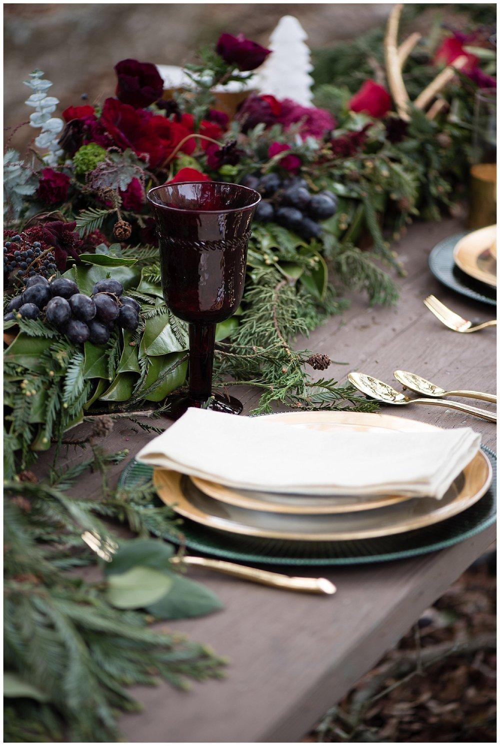 winter-california-wedding-table-decorations.jpg