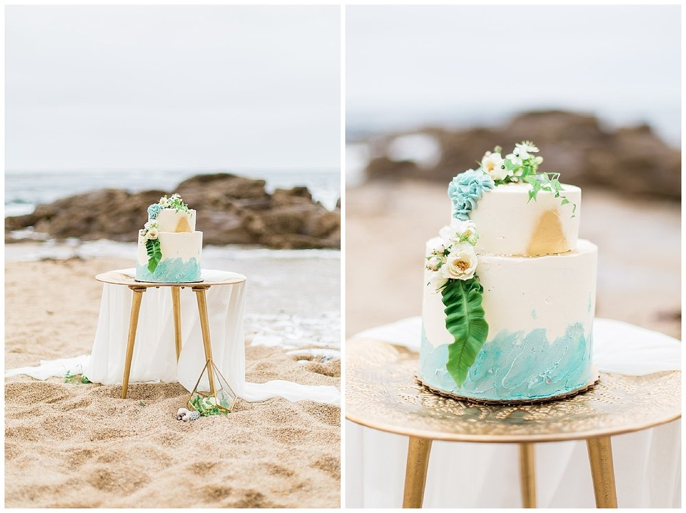 The colors of the sky, sand and ocean in a perfectly designed wedding cake.