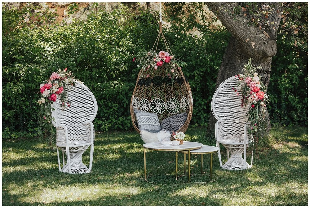wicker-wedding-chairs.jpg
