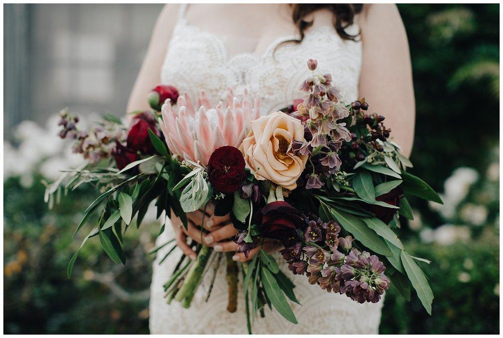 los-laureles-lodge-summer-wedding-flowers-carmel-valley-california.jpg