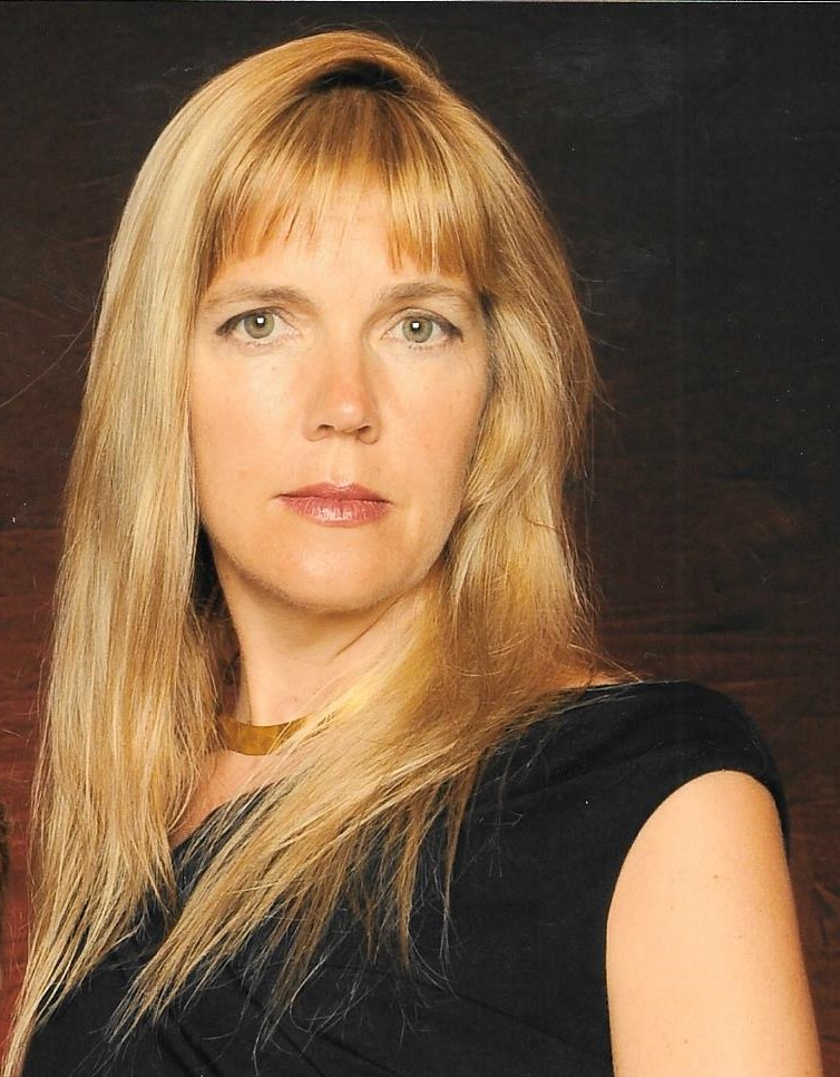 Holly Rogers Esq Head Shot.jpg