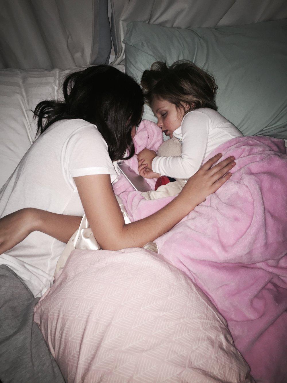 Riley Vilasuso & Bailee Madison - That Cozy Life