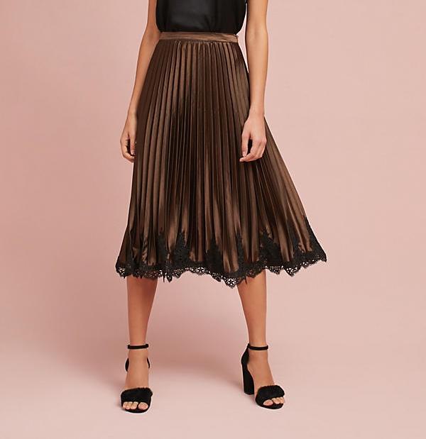 Pleated Lace Hem Skirt