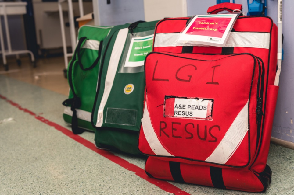 Peadiatric resus transfer bag