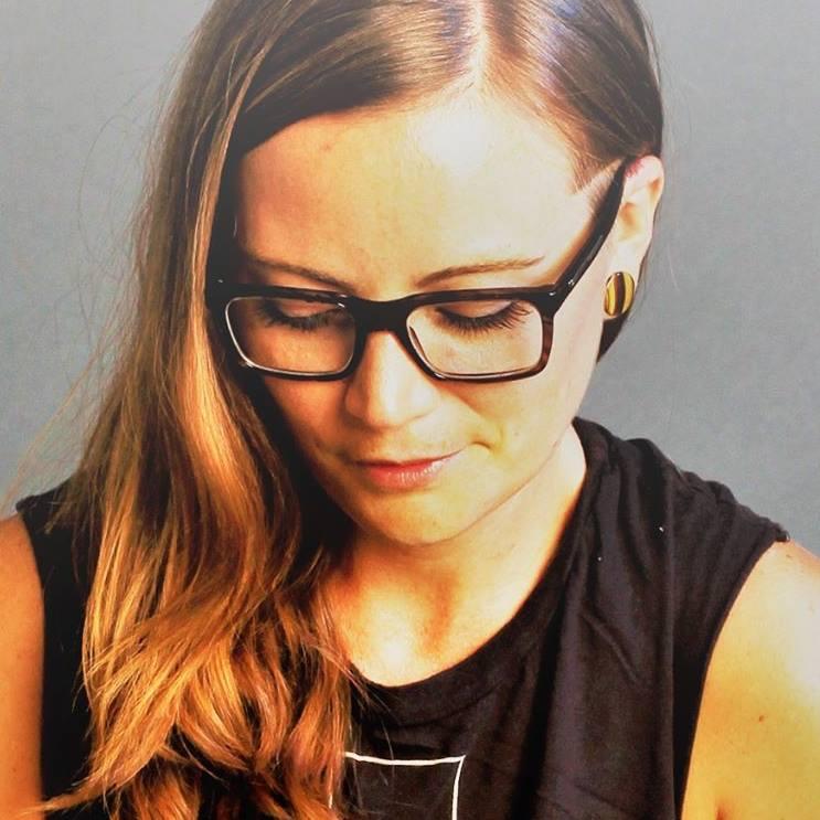 Lindsay Miller.jpg