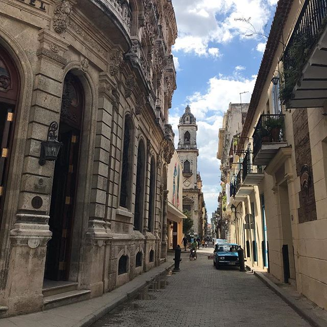 Half of my heart - in Havana. @taymoore17 . . . . . . . . . . #cuba #havana #adventure #halfofmyheartisinhavana #travel