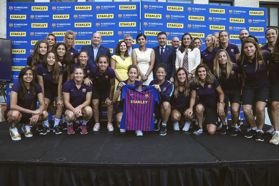 Barca-and-Stanley.jpg