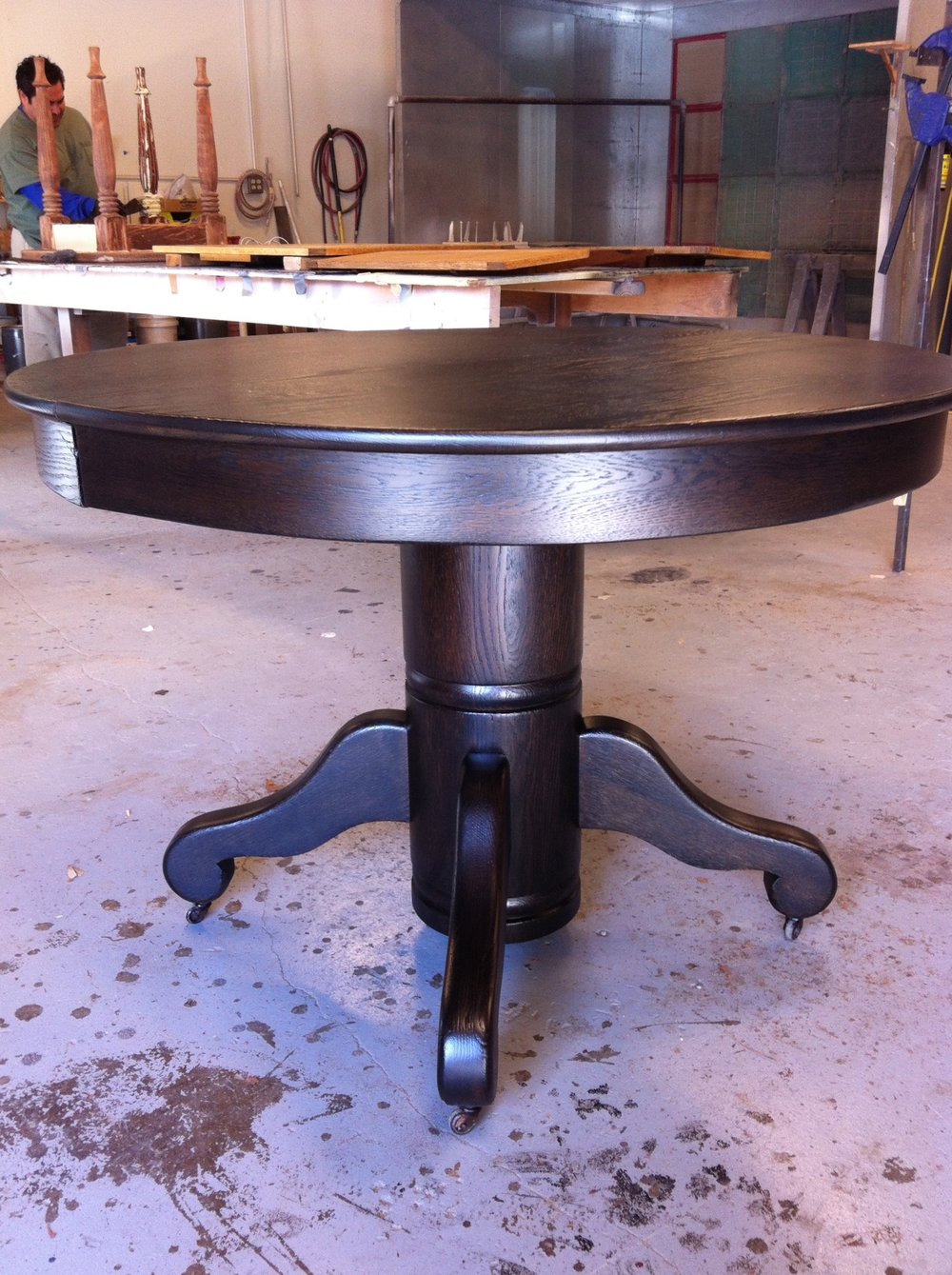 AFTER - Oak pedestal table