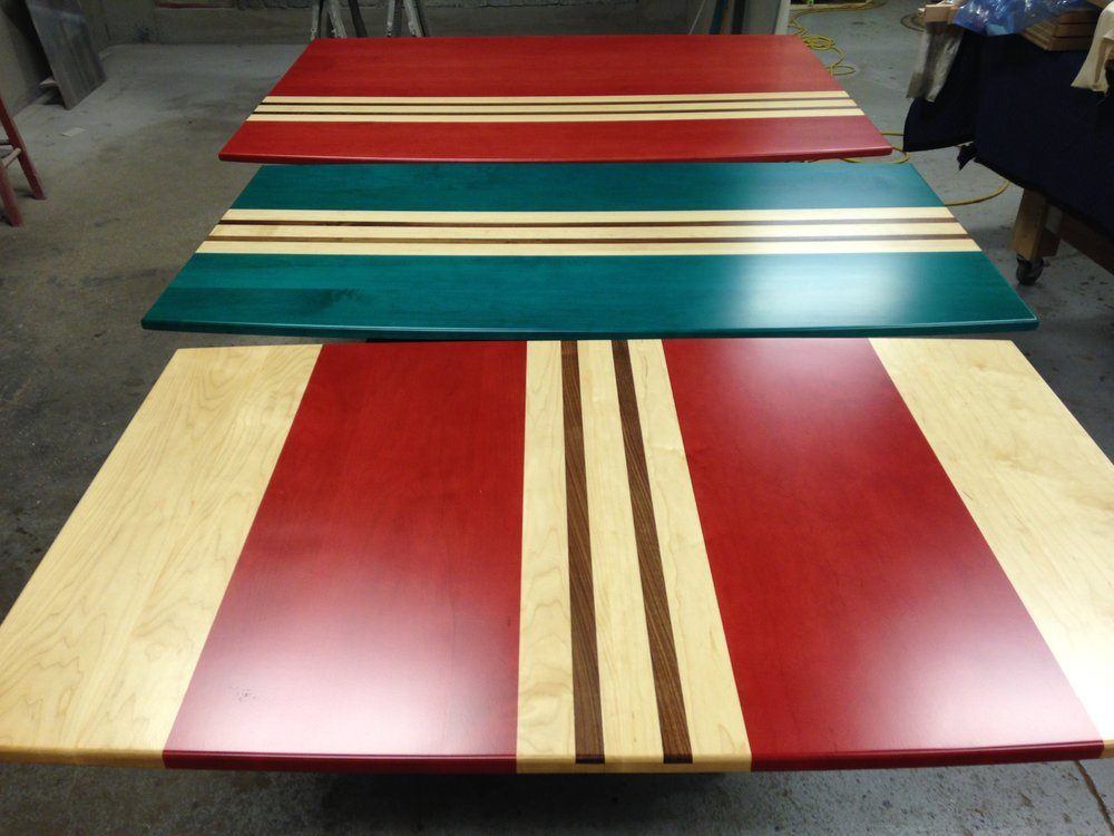 CUSTOM - Surfboard-themed tabletops