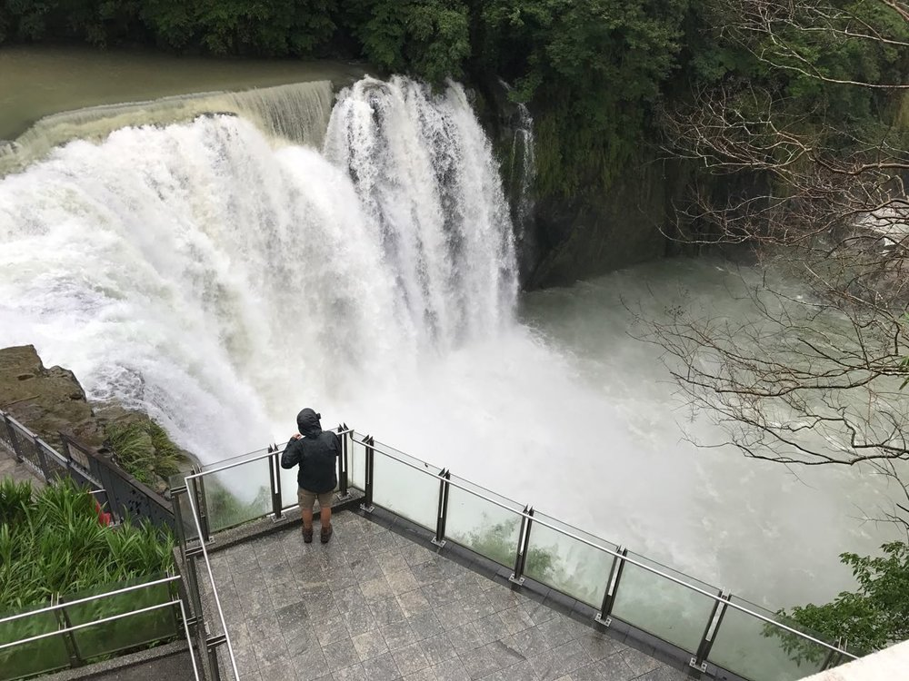 Mitchell has the Shifen Falls observation deck all to himself.