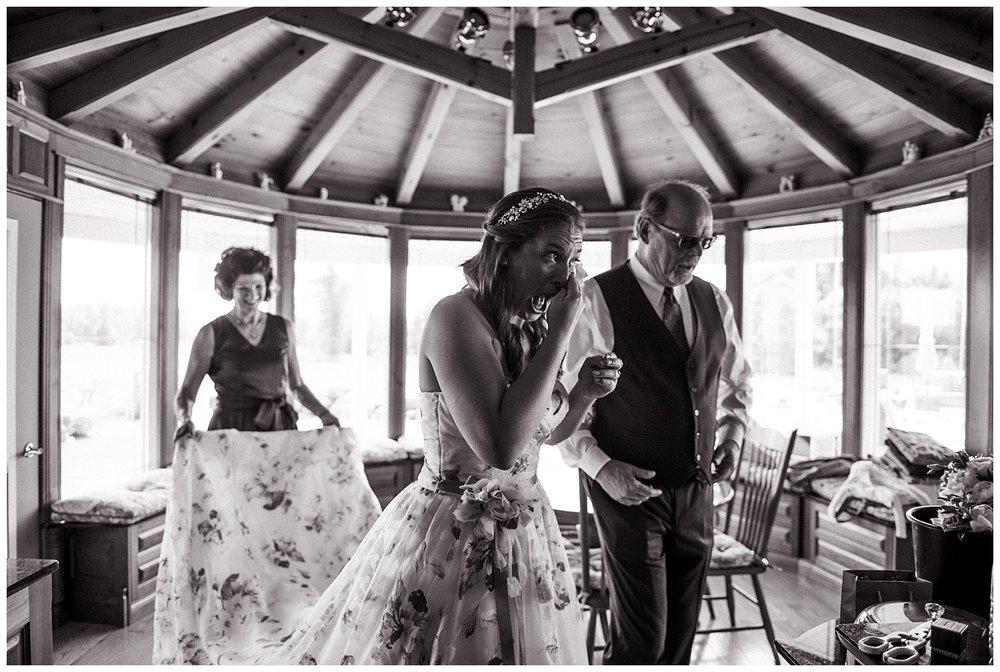 Trenton-Ontario-Wedding_Holly-McMurter-Photographs.jpg
