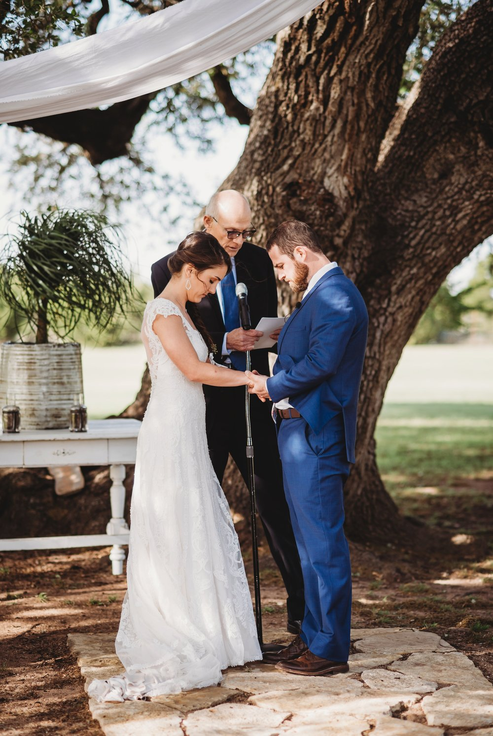 The-White-Fiore-Five-Oaks-Farm-Fort-Worth-Wedding-Planner-Ceremony_022.jpg