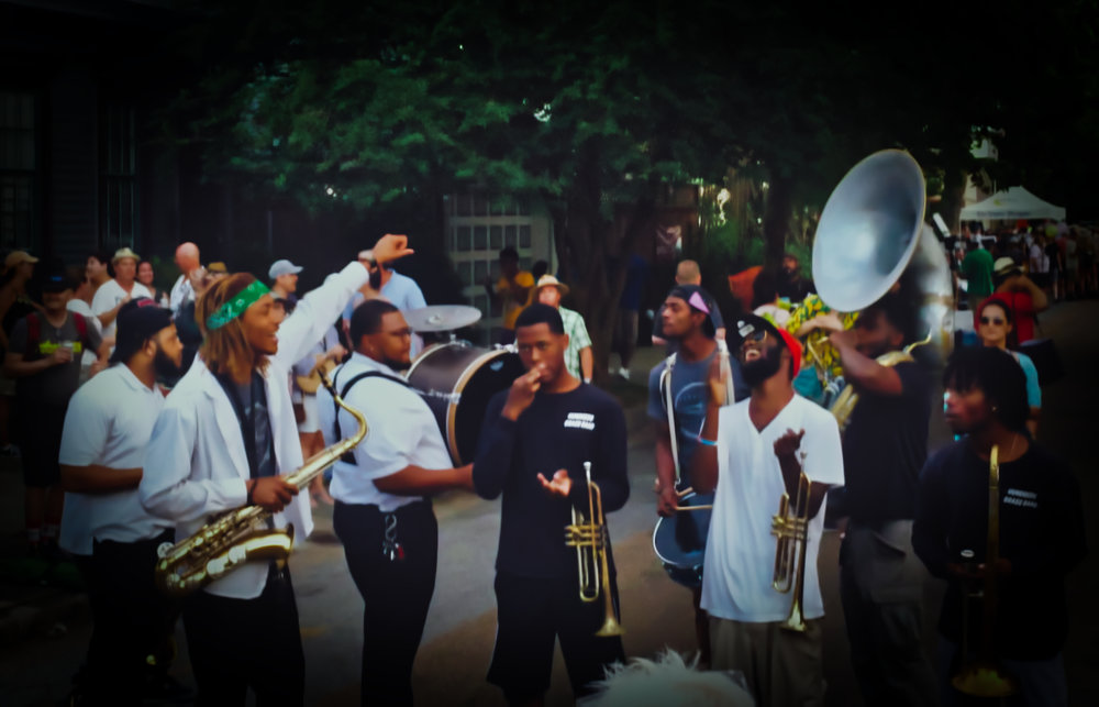 NOLA Musicians and street performers (Buskers)