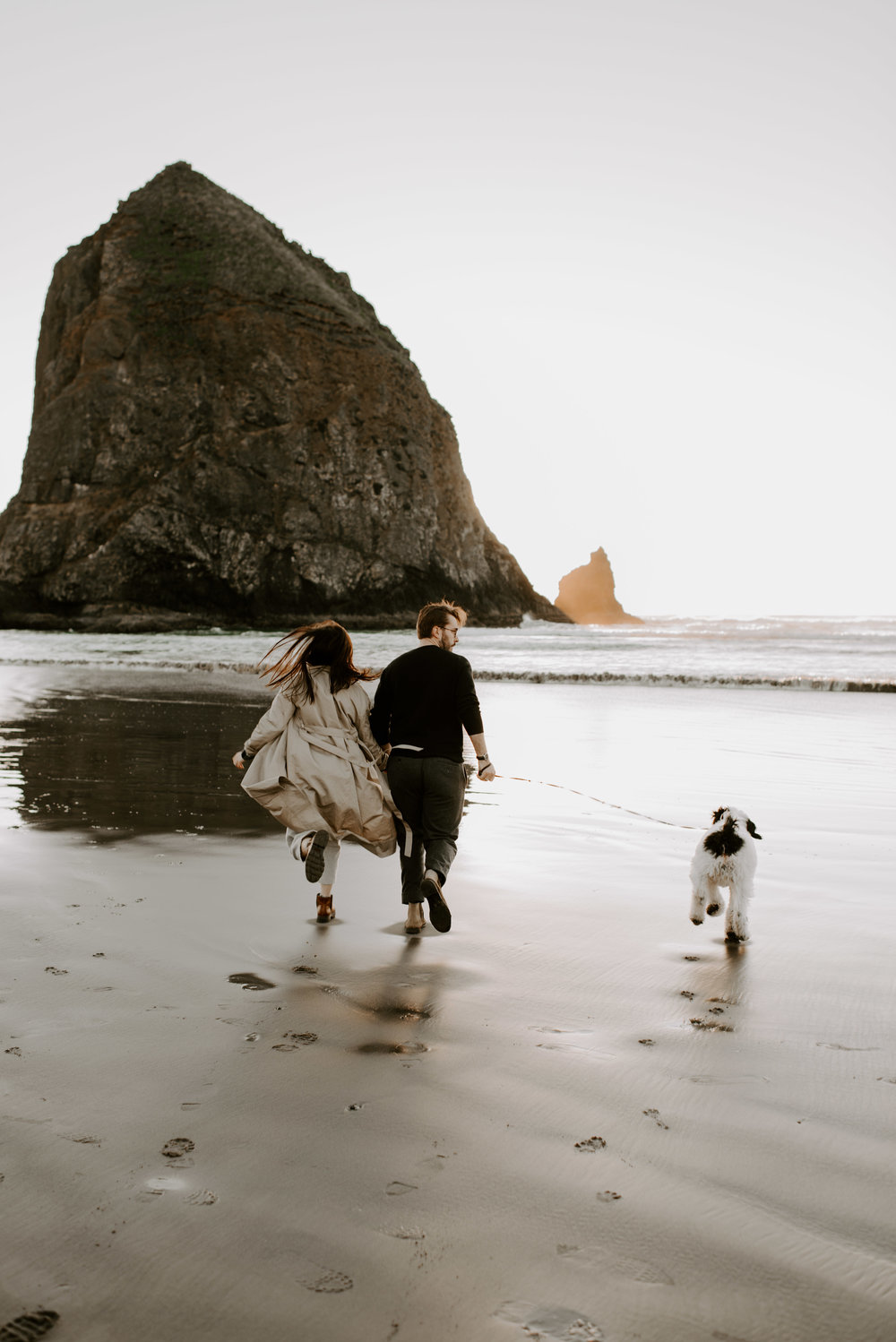 KATIEANDNIC-cannonbeach-couplessession-madelinerosephotographyco-19.jpg