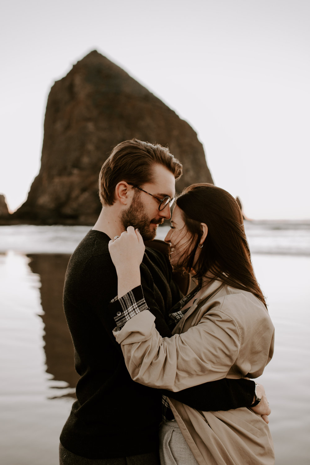 KATIEANDNIC-cannonbeach-couplessession-madelinerosephotographyco-130.jpg