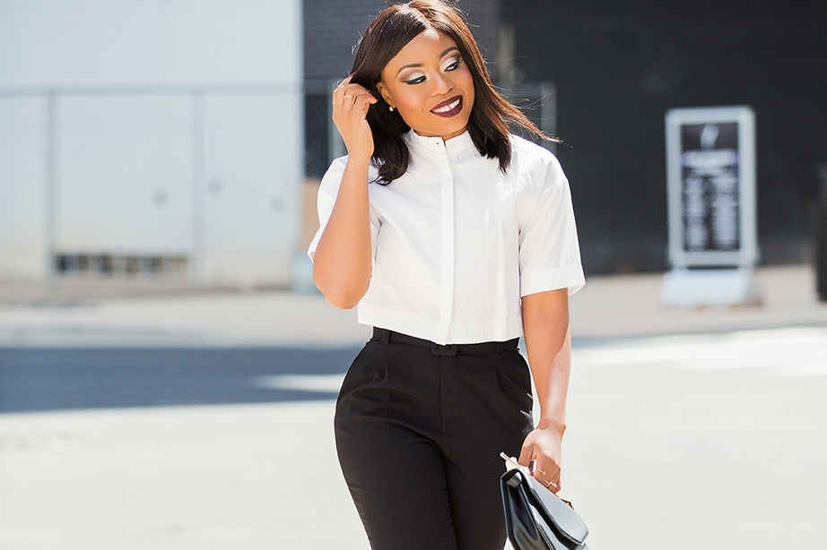 jadore-fashion.com   Learn how to style a crop top in a classy approach that is suitable for work event.