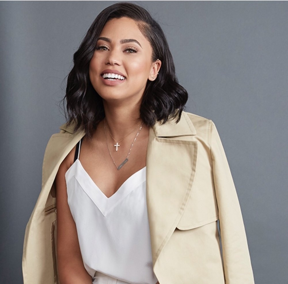 everythinggirlslove.com  For many wives of celebrity athletes, they often struggle to have their own identity but Ayesha has stood out all by herself. Here's why we think she's a real boss mom.