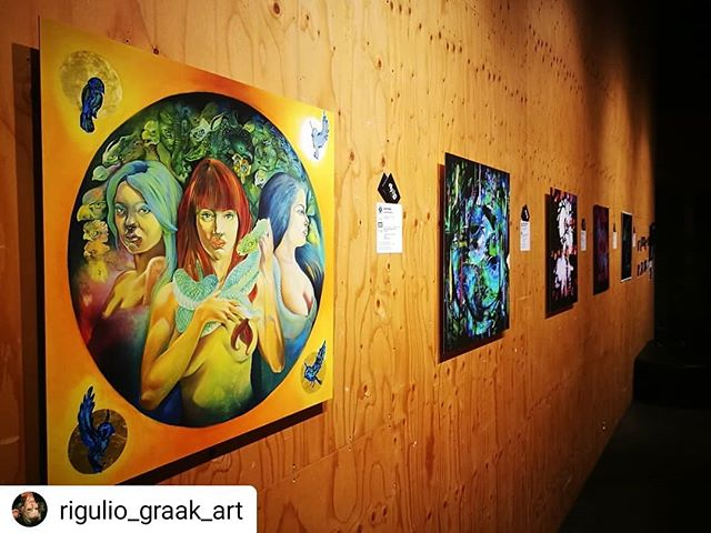 #Repost @rigulio_graak_art • • • • • Ladies and gents...until this Saturday the exhibition is going at the Culture Factory Korjaamo Helsinki 💖 after that we move ONLINE and open the digital exhibition to public. So...more to come! And you are ALL INVITED!!!!! 😍 -how awesom is that...I know I know 😘✨⚡ #exhibition #artexhibition #digitalexhibition #digitalplatform #digitalart #digitalpainting #digitalmedia #digitalartist #artlover🎨 #artfilm #artperformance #artdealer #artwork #arthelsinki #myhelsinki #kulttuurivinkki #art #taide #taidenäyttely #taideelokuva #vr #virtualreality #ar #alternatereality #helsinki #london #finland #suomi