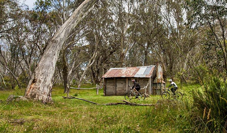 cascade-hut-riders.jpg