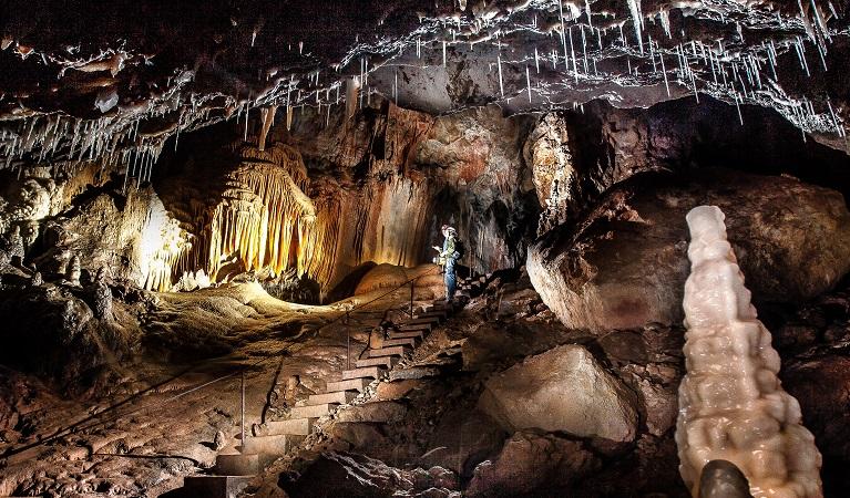 yarrangobilly-castle-cave.jpg