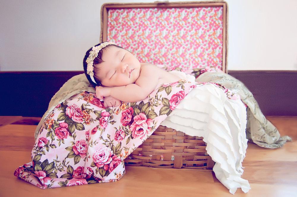 echo birth photography & doula newborn29.jpg